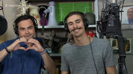 Carioca e Bruno Montaleone recriam cena de 'O Tempo Não Para' com direito a beat box