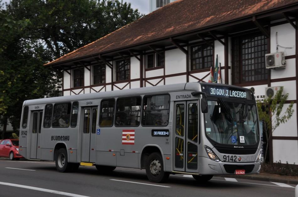 TJSC valida medidas de decreto e idosos voltam a ficar proibidos de usar ônibus em Blumenau