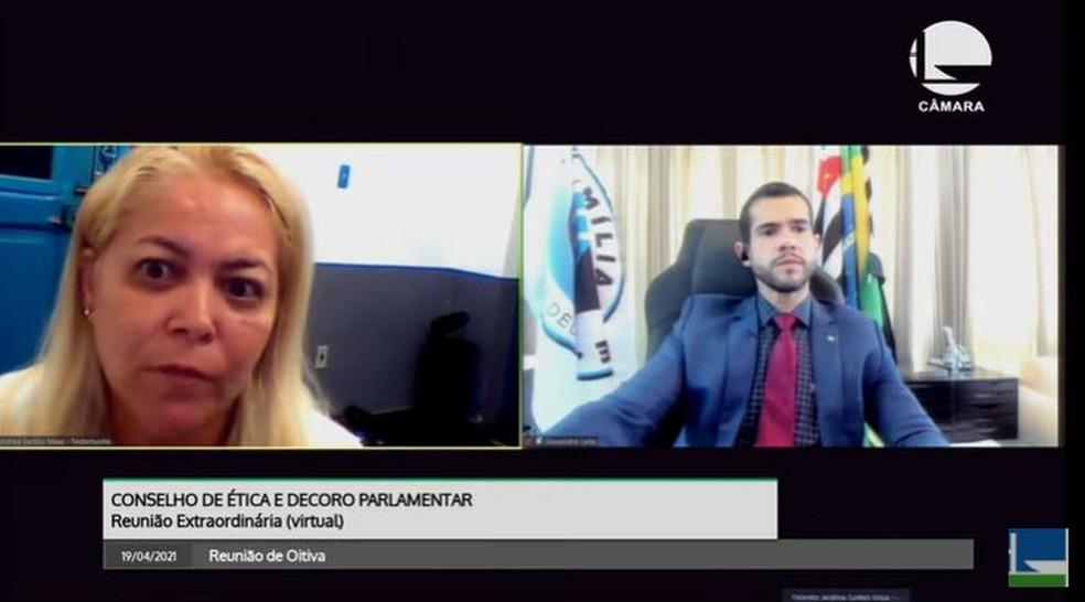 Andréa Santos Maia, esposa do ex-PM Marcos Siqueira Costa, é acusada de fraudar uma carta na qual Lucas confessaria o crime — Foto: Reprodução