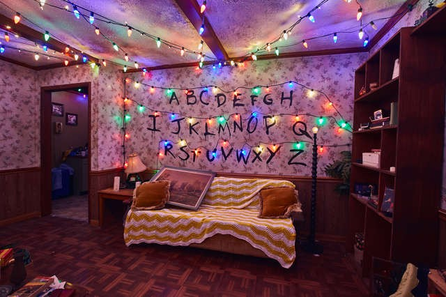 Luzes de natal na casa de Will Byers