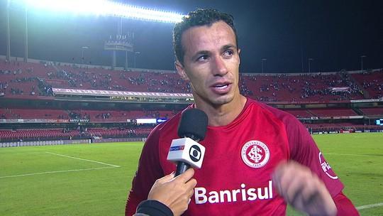 Para Leandro Damião árbitro demorou para punir o São Paulo com cartão