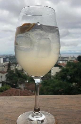 Aprazível: drinque com sabor amazônico