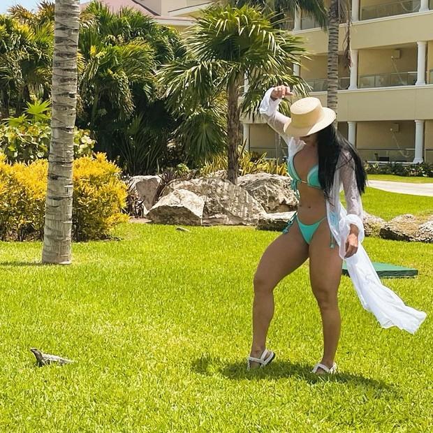 Graciele Lacerda posta foto de viagem com Zezé Di Camargo a Cancún, no México (Foto: Reprodução/Instagram)