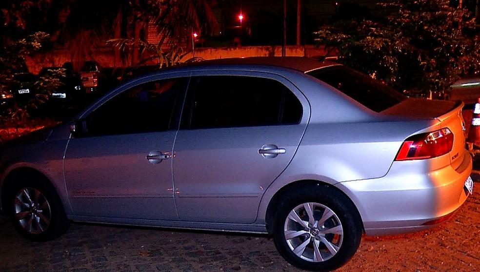 Vítima foi obrigada a dirigir o próprio carro durante sequestro relâmpago em Natal — Foto: Reprodução/Inter TV Cabugi