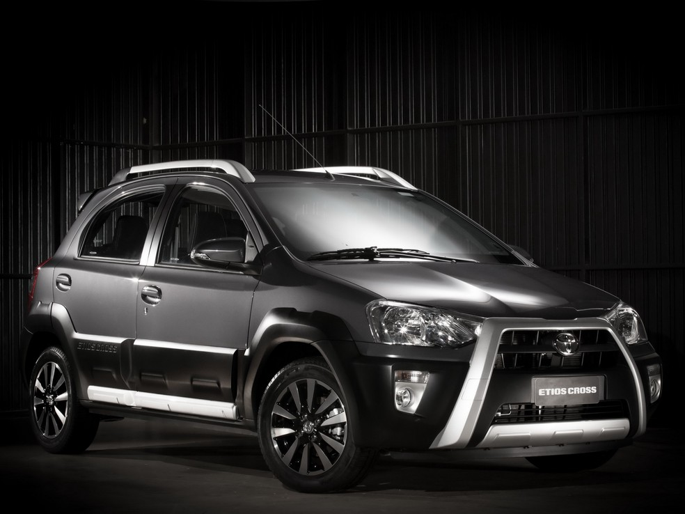Etios Cross: nem a Toyota parecia querer mostrar esse carro direito — Foto: Divulgação