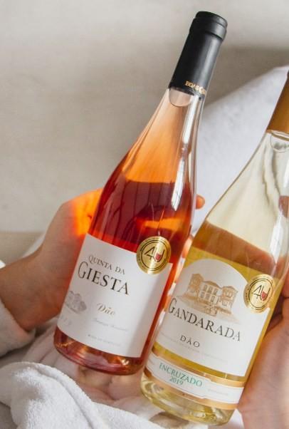 O kit da 4U.wine para o Dia das Mães: um rosé e um branco