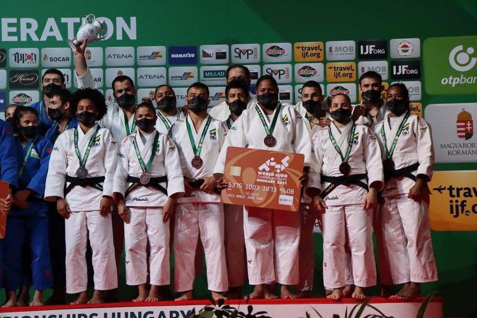 Brasil bronze mundial de judô por equipes — Foto: CBJ