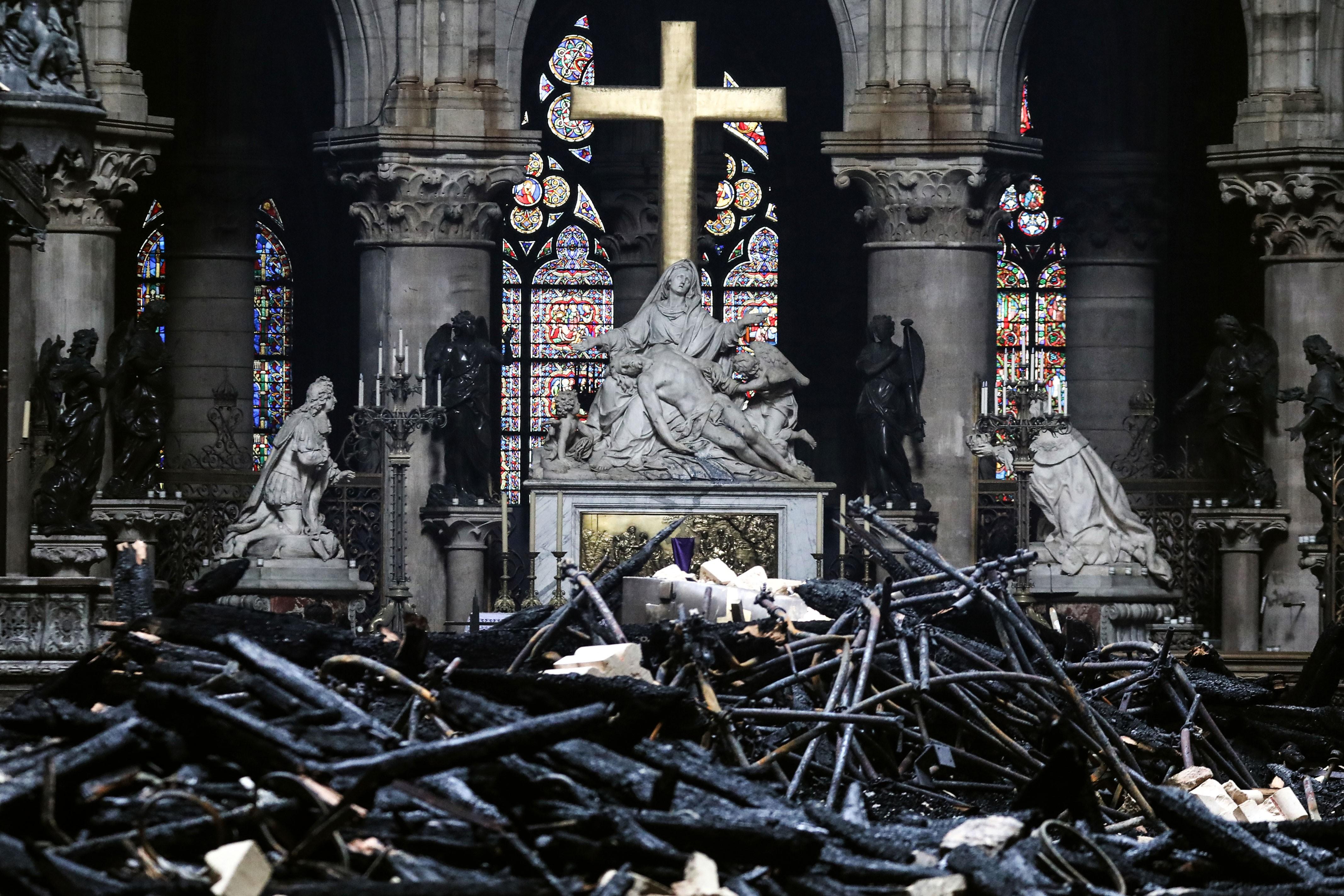Obras atrasam, e restauração de Notre-Dame ainda não começou 6 meses após incêndio - Notícias - Plantão Diário