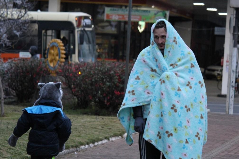 frio em sao joaquim - Cidades de SC registram temperaturas negativas e geada nesta sexta-feira