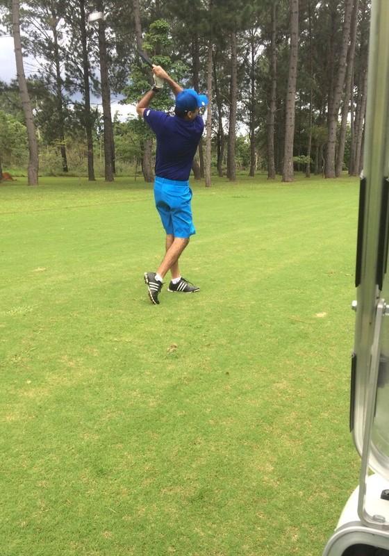 O lobista Milton Lyra joga golfe em Brasília (Foto: Reprodução)