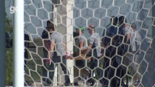 Mascarenhas, do Fluminense, torce o joelho esquerdo e passará por artroscopia nos próximos dias