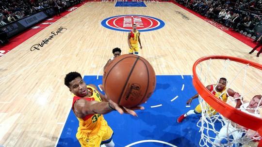 Melhores Momentos: Milwaukee Bucks 107 x 104 Detroit Pistons, pela NBA
