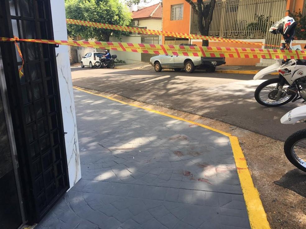 bb2481ec276 ... Bandido baleado foi abordado próximo à Santa Casa — Foto  Stephanie  Fonseca G1