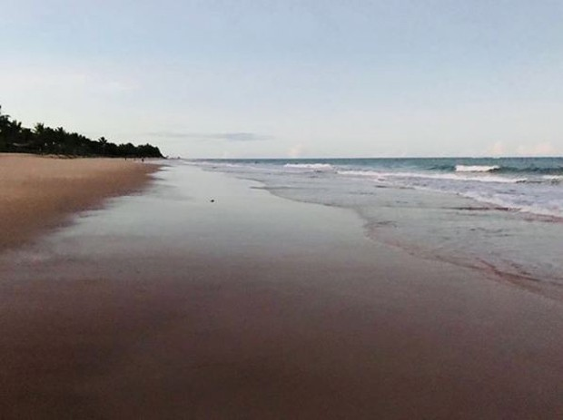 Fotografia postada por Alessandra Negrini na Bahia (Foto: Reprodução/Instagram)