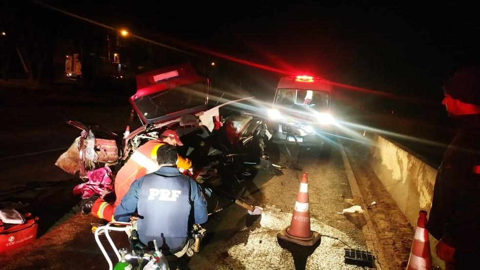 Acidente aconteceu na BR-376 — Foto: PRF