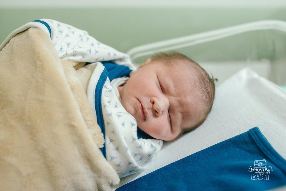 Beb? nasceu dentro do carro da fam?lia na porta de um hospital particular de Bauru ? Foto: Saulo dos Santos Vitale/Arquivo pessoal