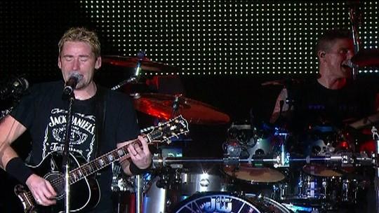 Nickelback toca 'Rockstar'