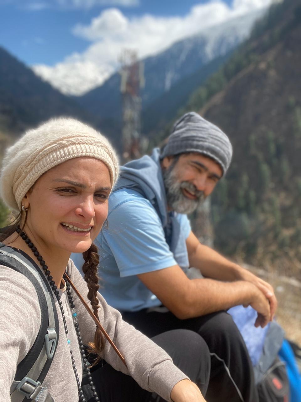 Casal de MS fica 'preso' no topo do Himalaia após Índia impor isolamento social por conta do coronavírus