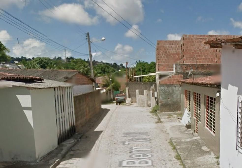 Rua Bem-Te-Vi fica no bairro de Passarinho, no Recife (Foto: Reprodução/Google Street View)