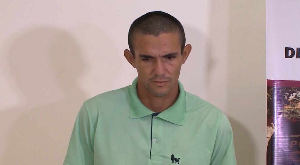 Marcos Vinícios Rocha foi apresentado pela Polícia Civil após ter confessado o crime contra Adrielma e outra mulher — Foto: Reprodução/TV Mirante