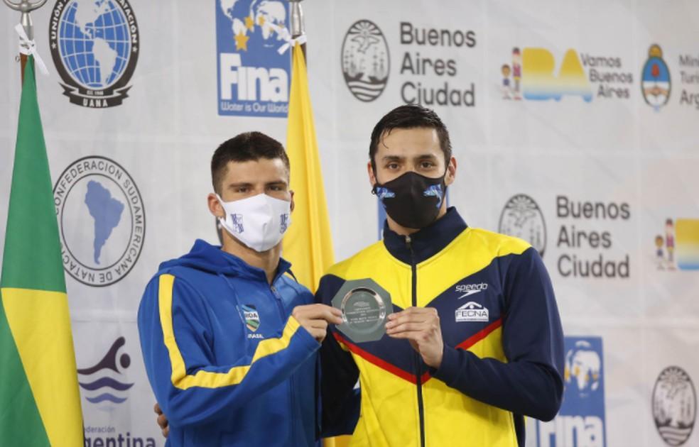 Lucas Peixoto e o venezuelano que também ficou com o ouro — Foto: Divulgação