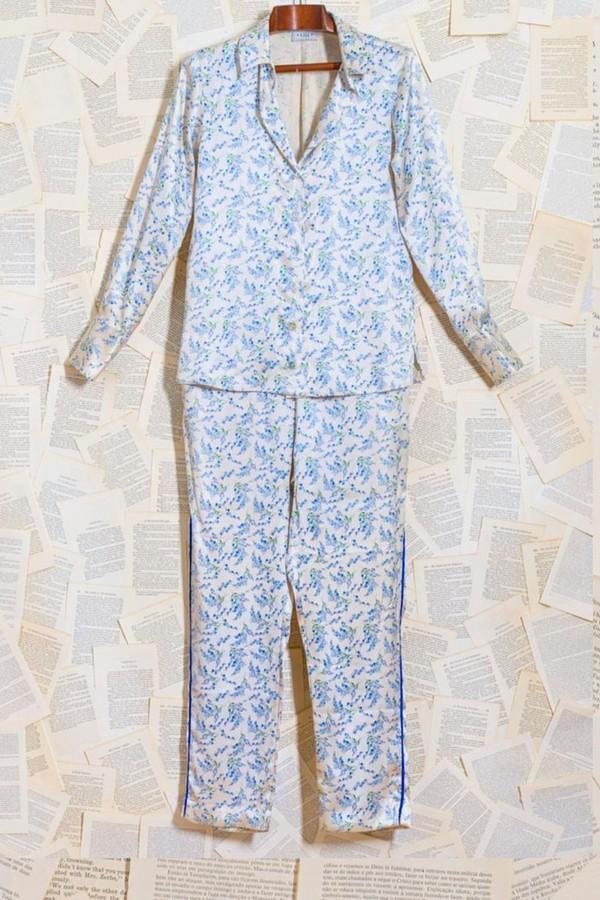 Pijamas em versão chique vão dos momentos de lazer até os looks mais criativos de mães de estilo antenado! Na foto, pijama Gii Sleepwear. (Foto: Reprodução/Instagram)