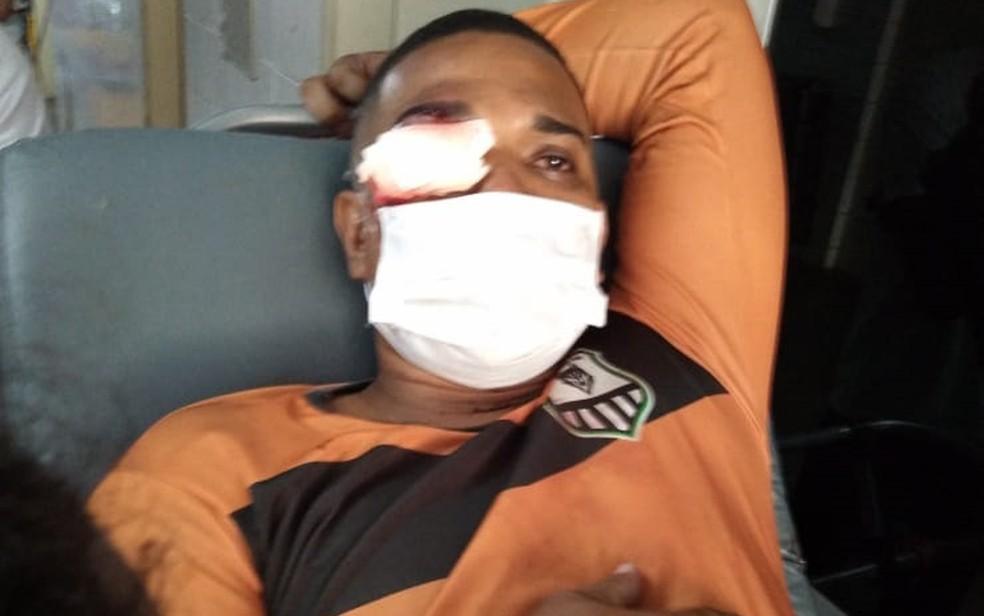 Jonas Correia de França foi atingido por balade borracha no olho pela PM, no Recife — Foto: Reprodução/WhatsApp