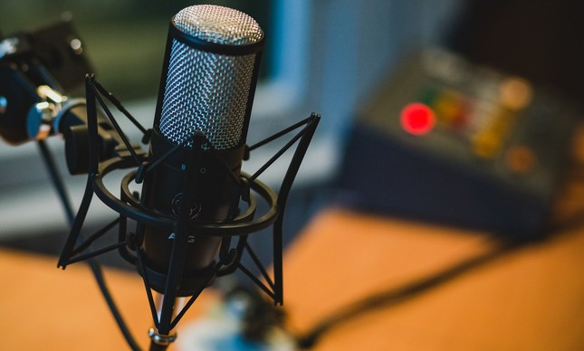 Microfones para gravação de podcast