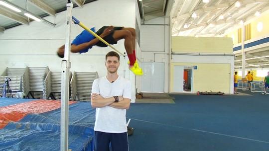 Joia do atletismo ensina o salto em altura