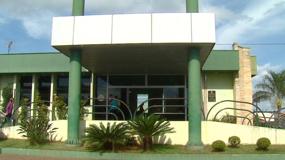 Hospital Municipal de Ibaté atendeu o menino na quarta-feira (3) — Foto: Felipe Lazzarotto/ EPTV