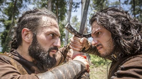 Afonso e Constantino duelam
