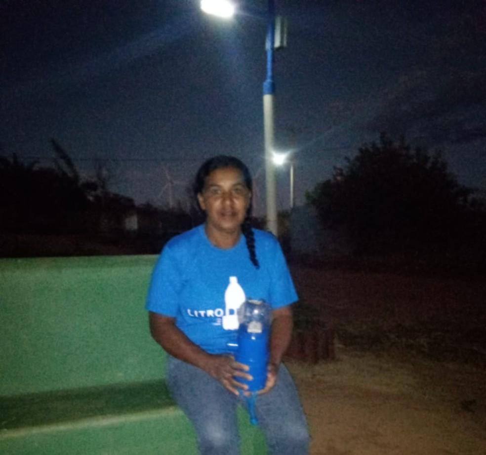 Maria Júlia, de 53 anos, mora na comunidade de Taboca, em Caetité — Foto: Arquivo Pessoal