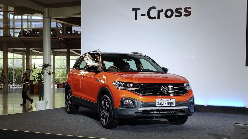 Volkswagen T-Cross na fábrica da marca em São José dos Pinhais (PR) — Foto: André Paixão/G1