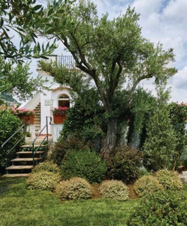 Entrada exclusiva da Villa Margherita, onde o casal está hospedado (Foto: Belmond Hotel/ Reprodução)