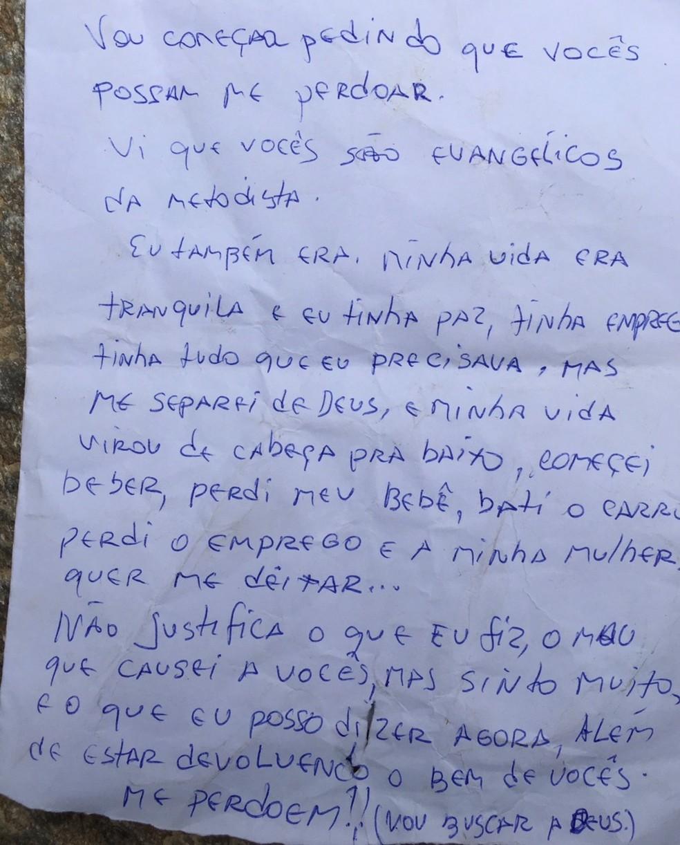 Carta foi deixada junto com pertences devolvidos ao casal. (Foto: RPC/Reprodução)