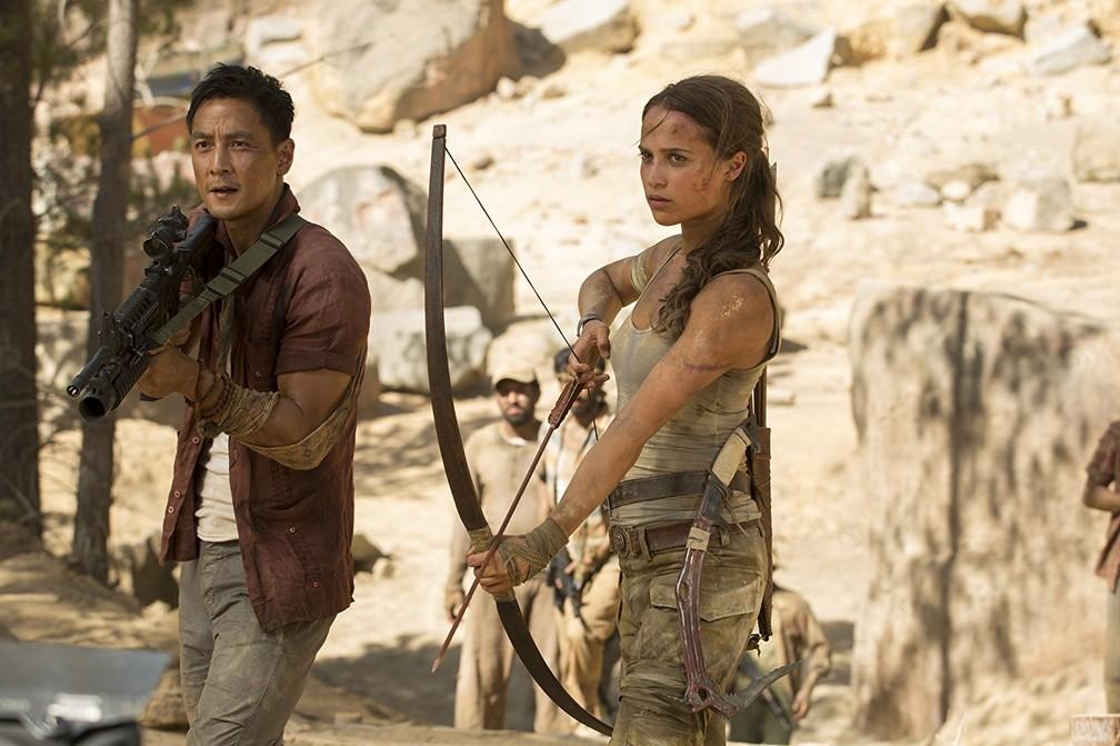 Daniel Wu e Alicia Vikander em cena de 'Tomb Raider' (Foto: Divulgação)