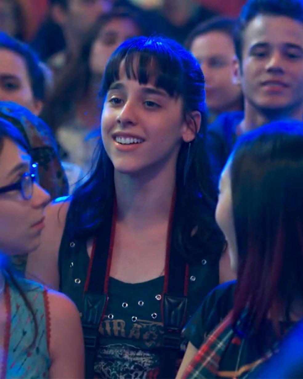 Lica (Manoela Aliperti) fica surpresa com homenagem na Balada Cultural em 'Malhação - Viva a Diferença' — Foto: Globo