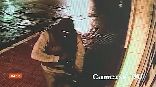 Bandidos explodem caixas eletrônicos de agência em Gravatá (PE)