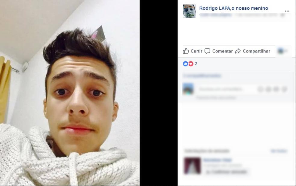 Página em rede social cobra Justiça pela morte de Rodrigo Lapa, de 15 anos (Foto: Reprodução/ Facebook)