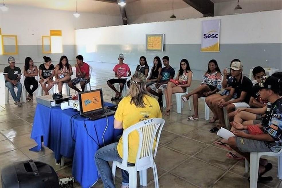 Grupo de jovens do Sesc Pesqueira oferece 15 vagas — Foto: Divulgação