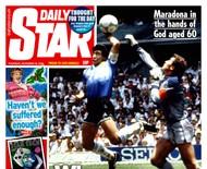"""Tabloide inglês lamenta falta de VAR na """"Mão de Deus"""" em capa sobre morte de Maradona e recebe críticas"""