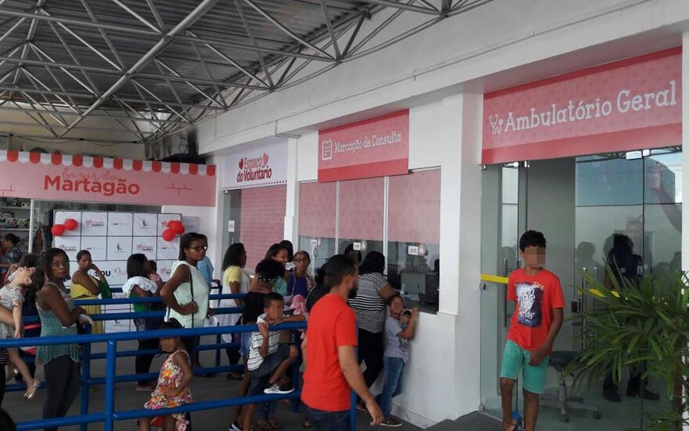 Crime ocorreu dentro de hospital em Salvador, nesta segunda-feira (Foto: Vanderson Nascimento/ TV  Bahia)