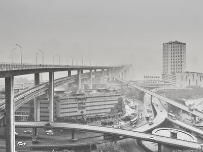 O emaranhado de viadutos clicado por He Zhenhuam em Chongqing, na China, foi a escolha do júri especializado (Foto: ArchPhotoAwards/Reprodução)