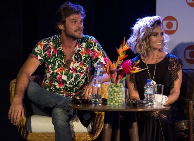 Emílio Dantas e Giovanna Antonelli vivem os protagonistas da novela (Foto: Divulgação/TV Globo)