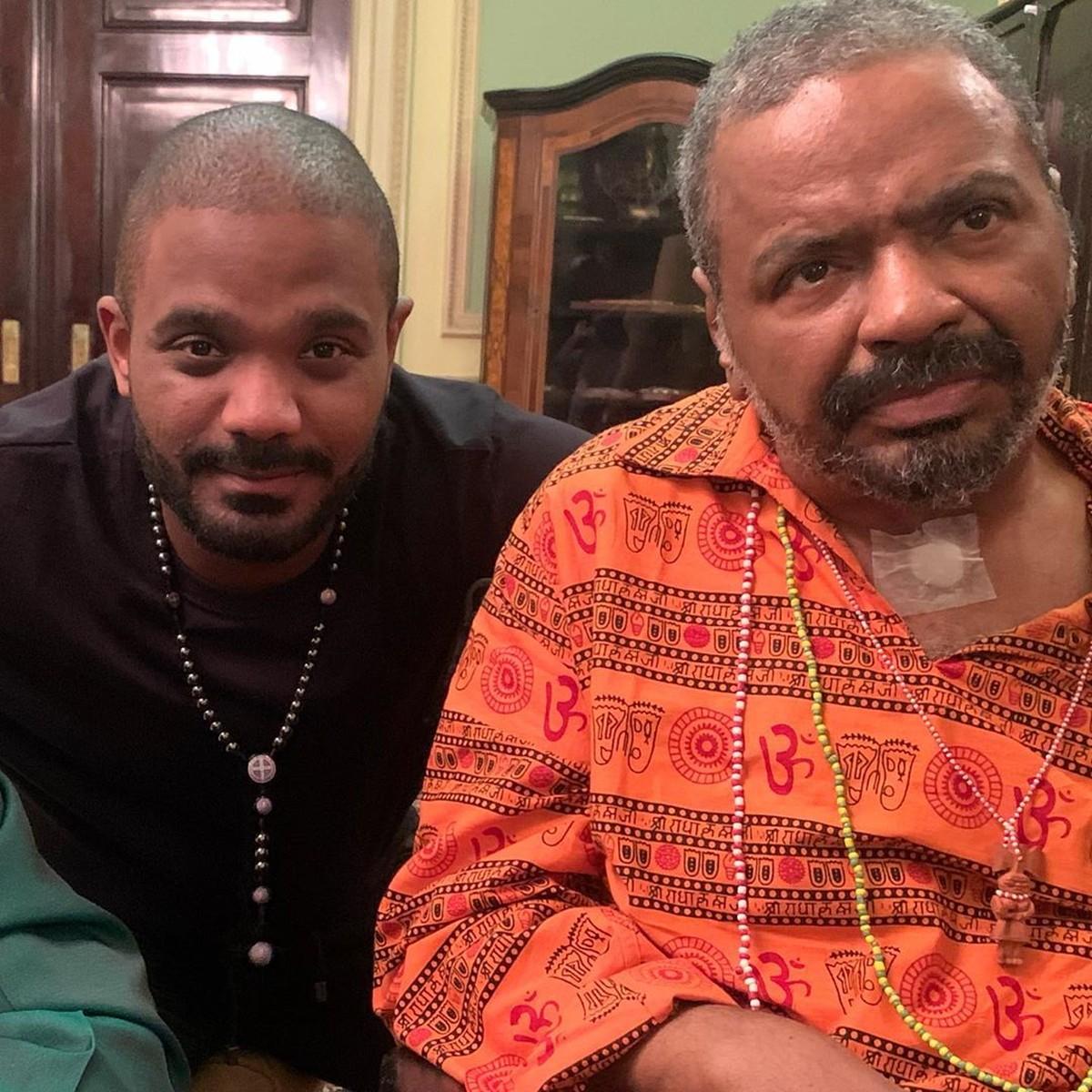 Arlindinho finaliza música nova de Arlindo Cruz e detalha tratamento do pai: 'Homenagem e respeito' | Música