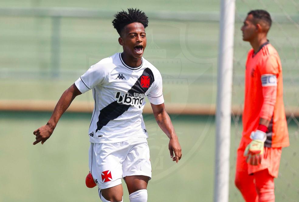 Andrey comemora gol do Vasco contra o Flamengo — Foto: Rafael Ribeiro/Vasco
