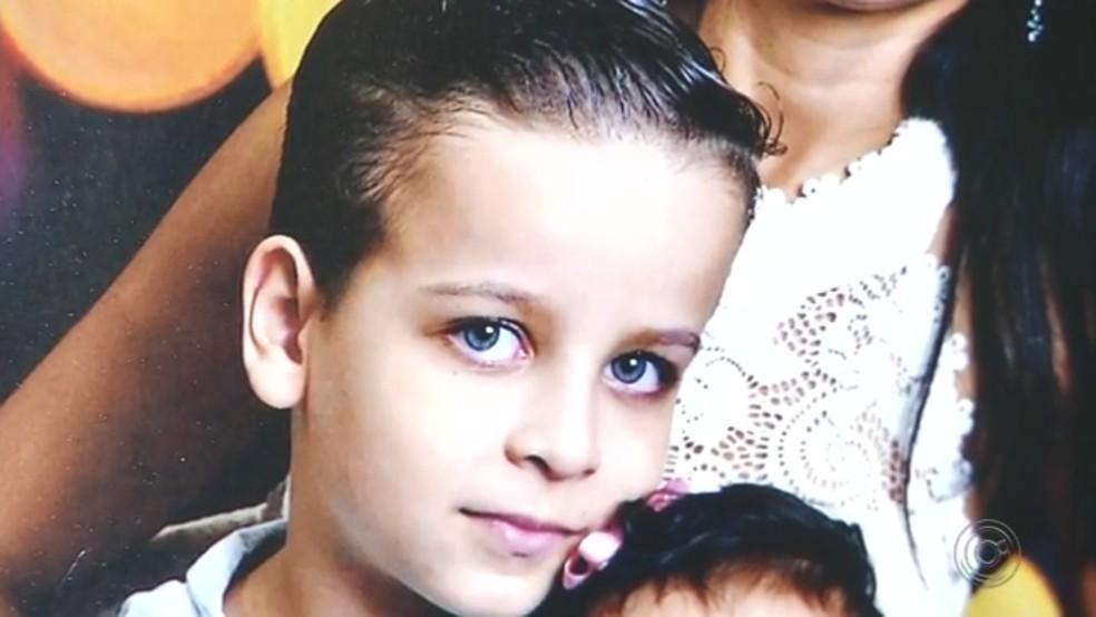 Miguel tinha 7 anos e morreu com suspeita de meningite — Foto: Reprodução/TV TEM