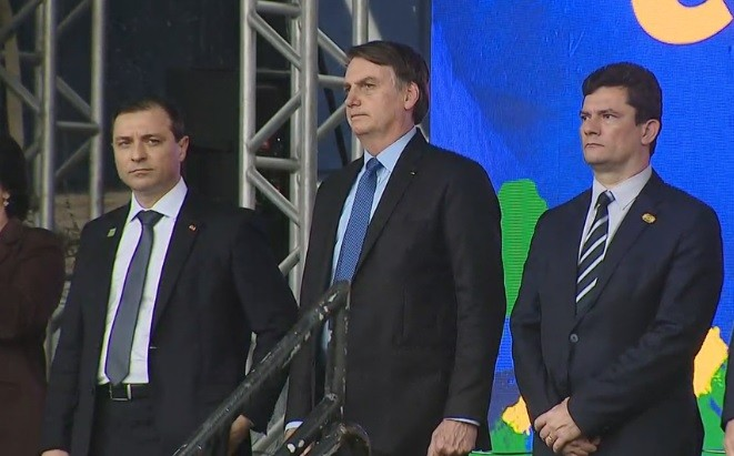 Bolsonaro inaugura complexo de tiro e participa de aula magna do curso de formação da PRF em SC - Notícias - Plantão Diário