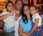 A família: Nicolau, Vitor Hugo, Renata e Sofia   Arquivo pessoal