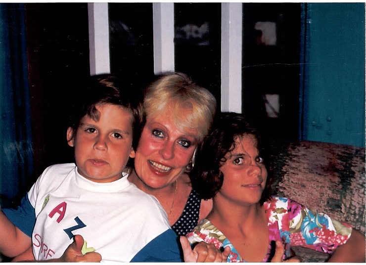 Ana Maria Braga com os filhos Pedro e Mariana (Foto: Reprodução/Instagram)